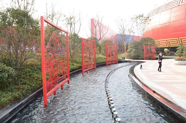 徽艺坊承接万达文华城广场合肥八景巨幅铁画
